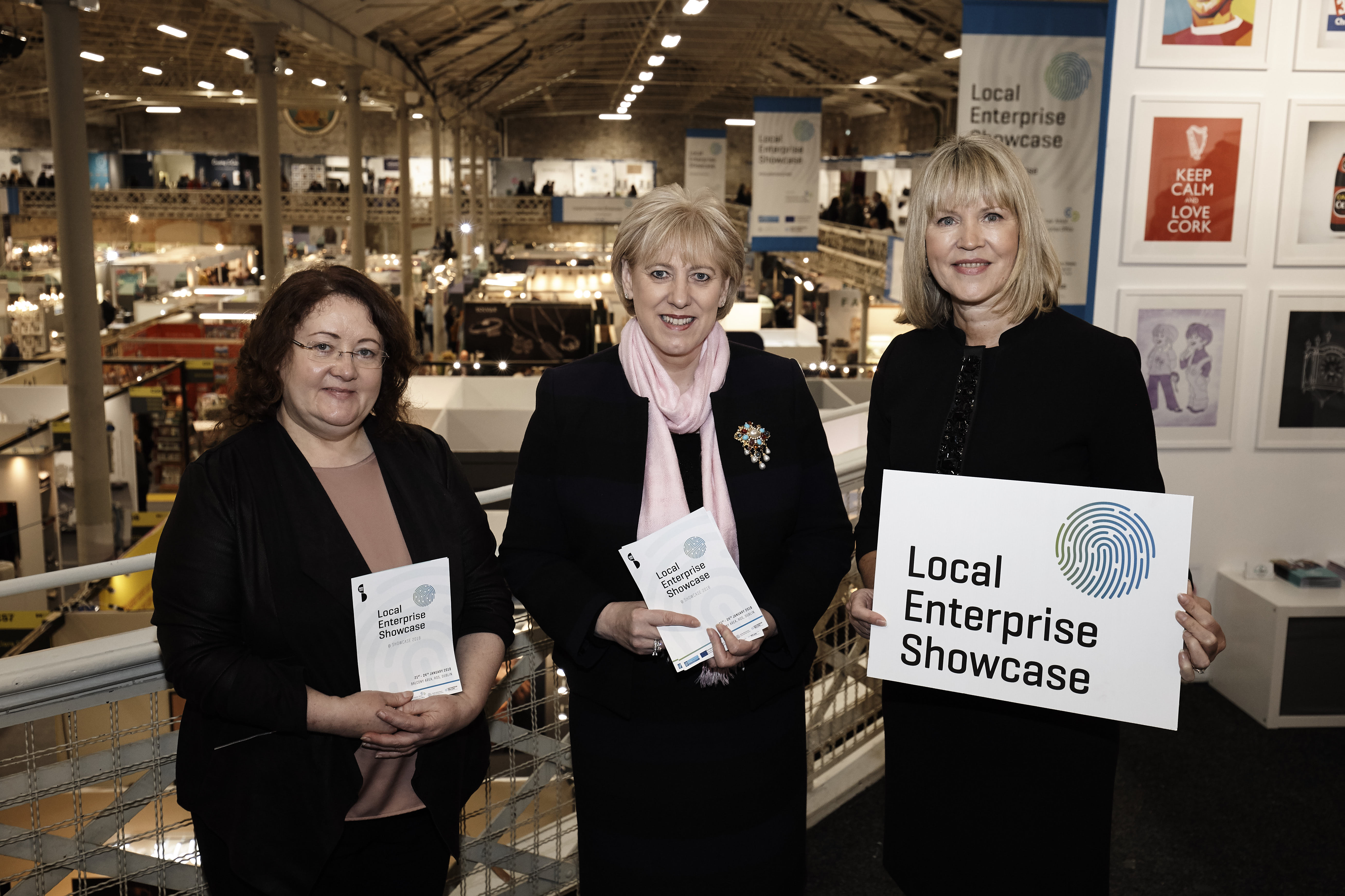 Minister Humphries launches Showcase