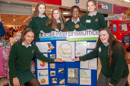 cork students at Christmas trade fair