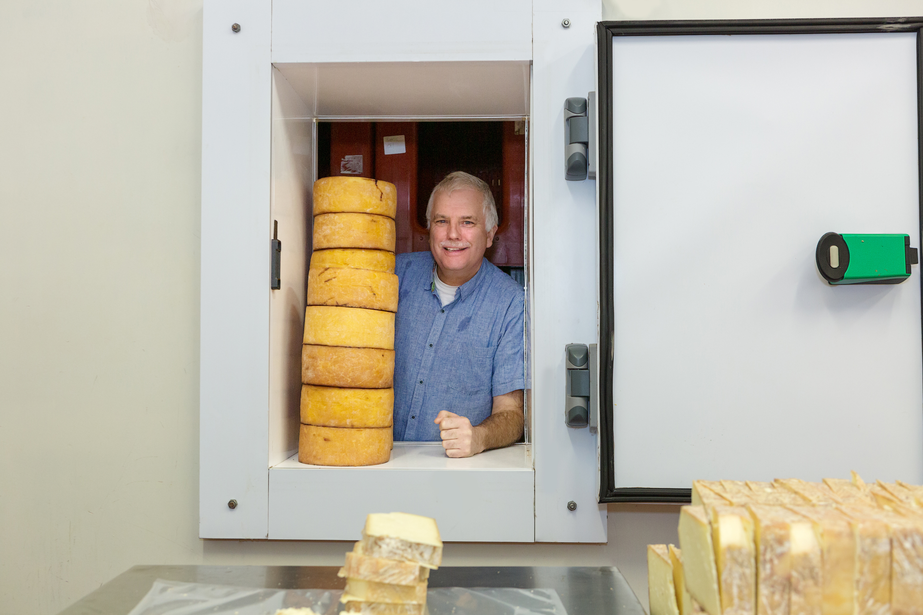 Knockanore Farmhouse Cheese1